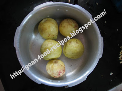 Guavas with the Ends Removed