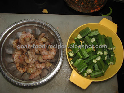 Prawn and lady finger curry goan food recipes prawns and ladyfingers forumfinder Images