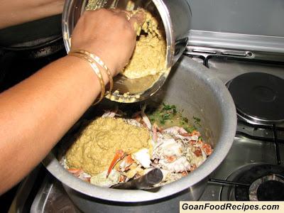 add xacuti masala