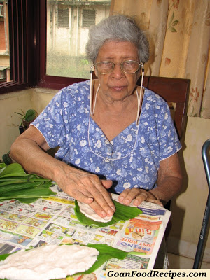 grand ma making patolleo