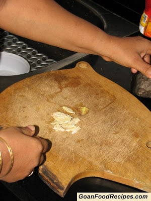 pods of garlic