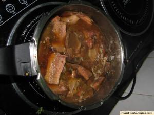 cook in gravy